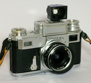 Contax3_with_skopar_25mm